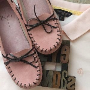 PAOLA Pink Suede Moc Loafer w/ Brown Leather Tie